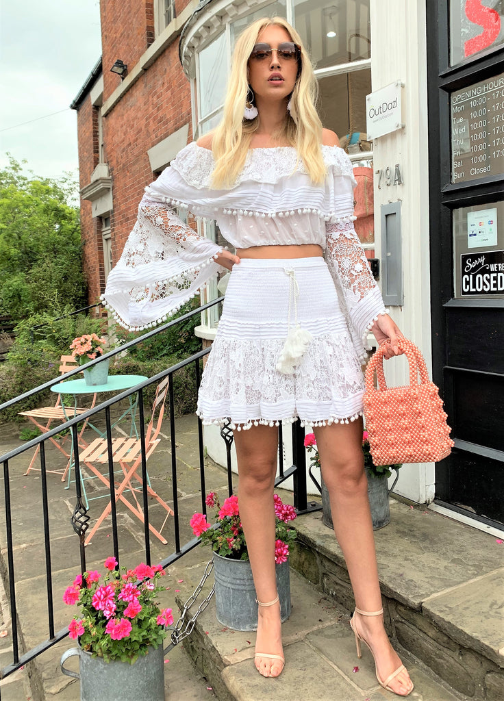Lace and pompom Mini skirt Nikki in White