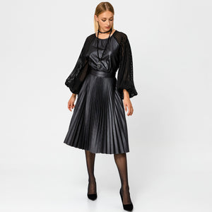PLEATED PU MIDI skirt
