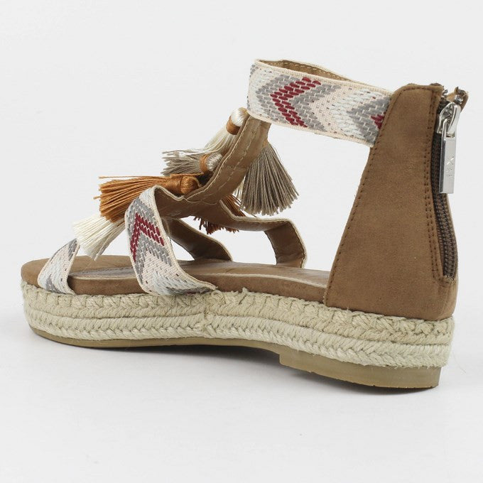 Ibiza Tassel sandals in Camel