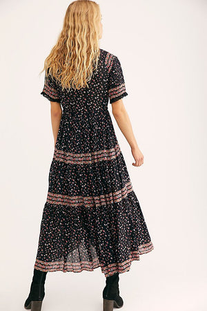 Rare Feeling Maxi Dress in Black Print