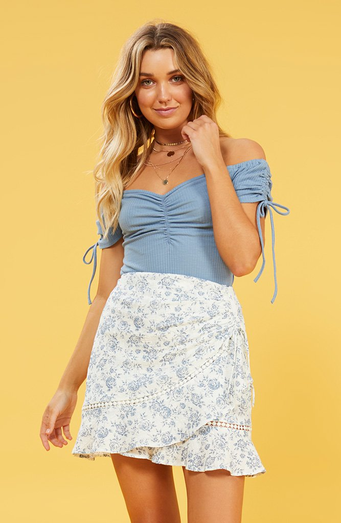 Skye blue print mini skirt | MINKPINK