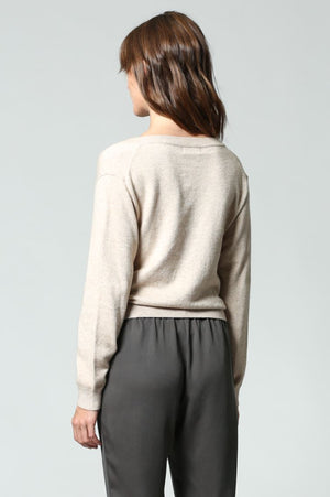 TWIST FRONT CROP SWEATER