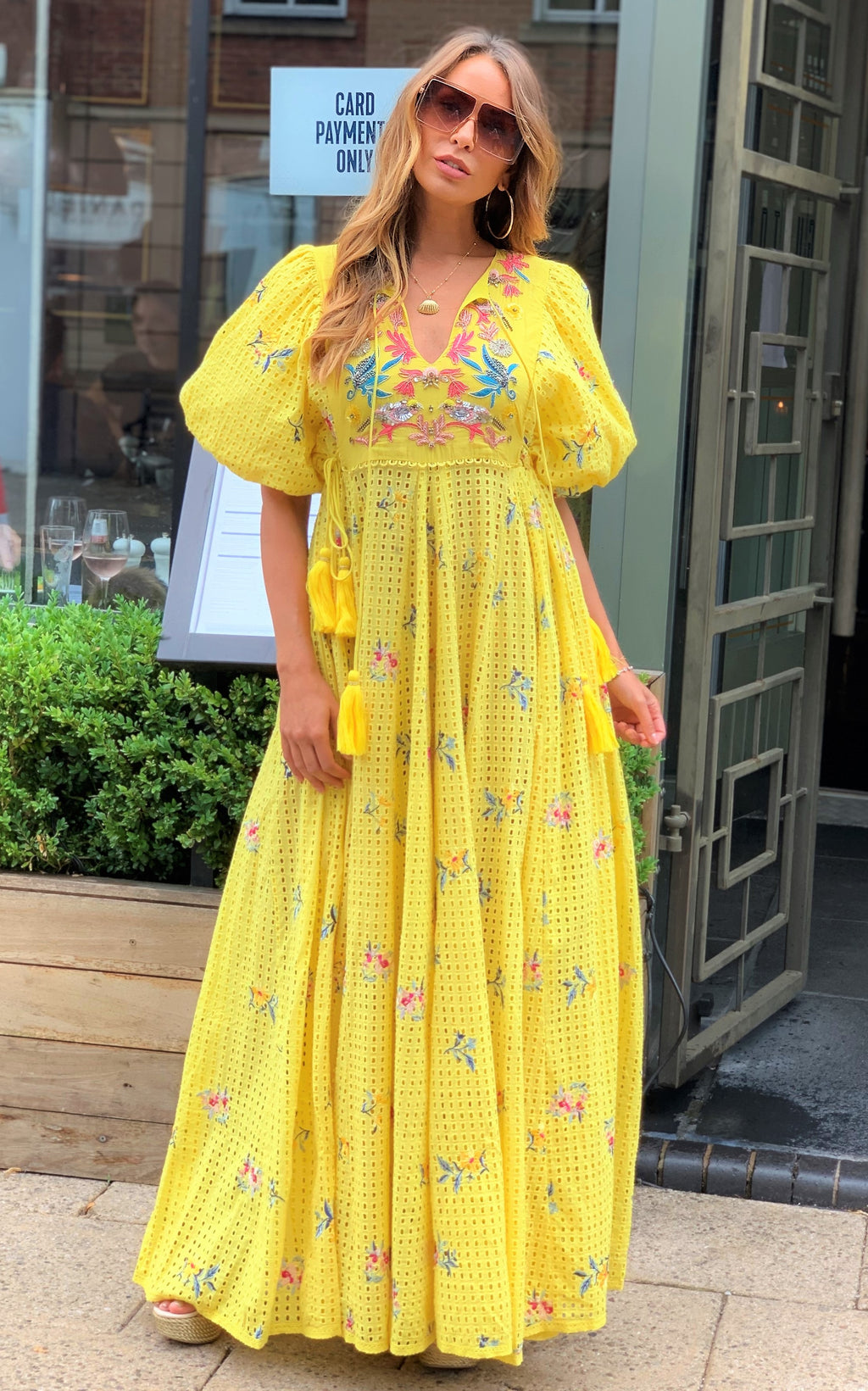 Luxe Maxi embroidery Dress Cindy in Yellow