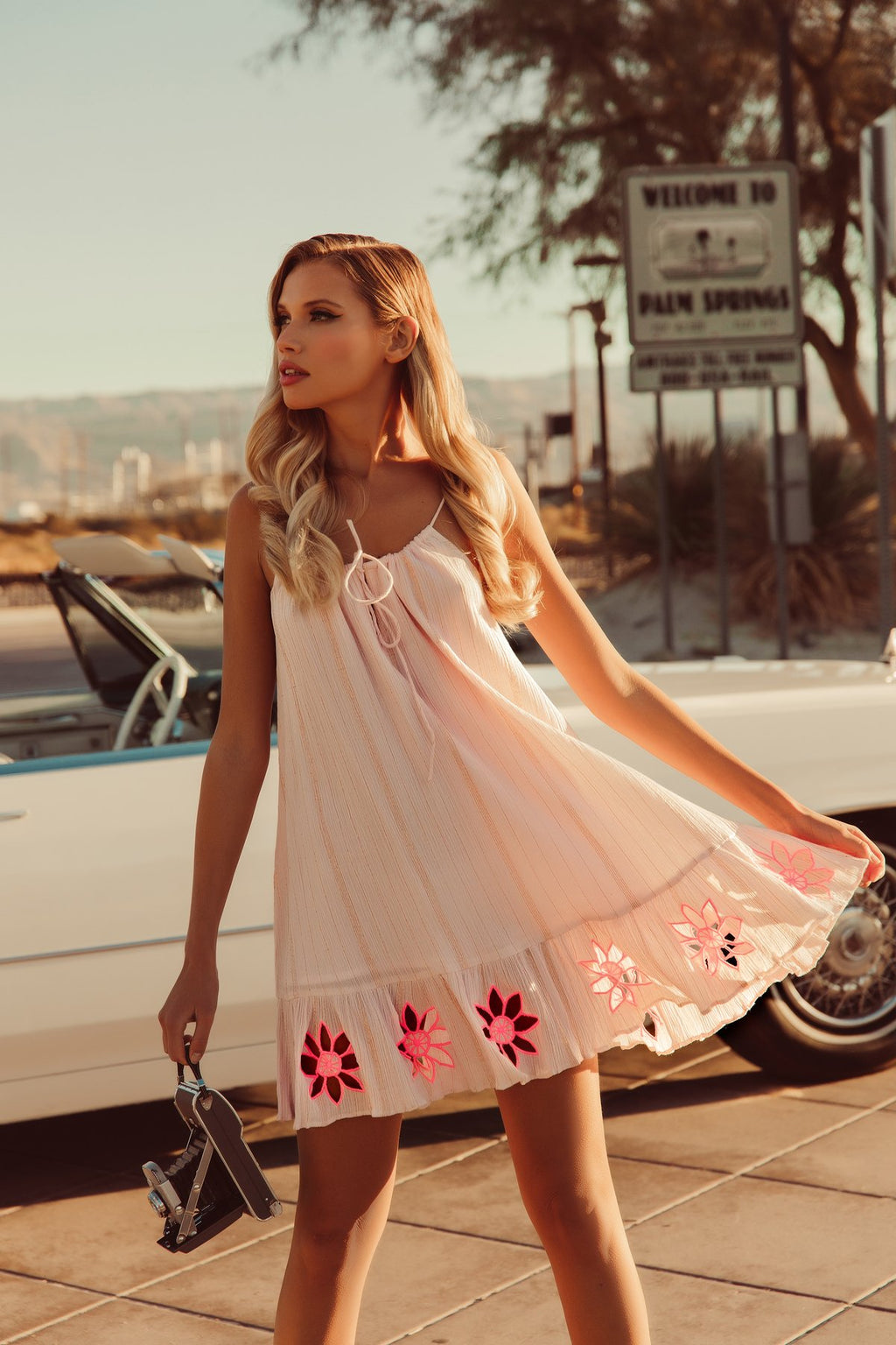 MINI DRESS JOLY IN PINK / NEON CORAL