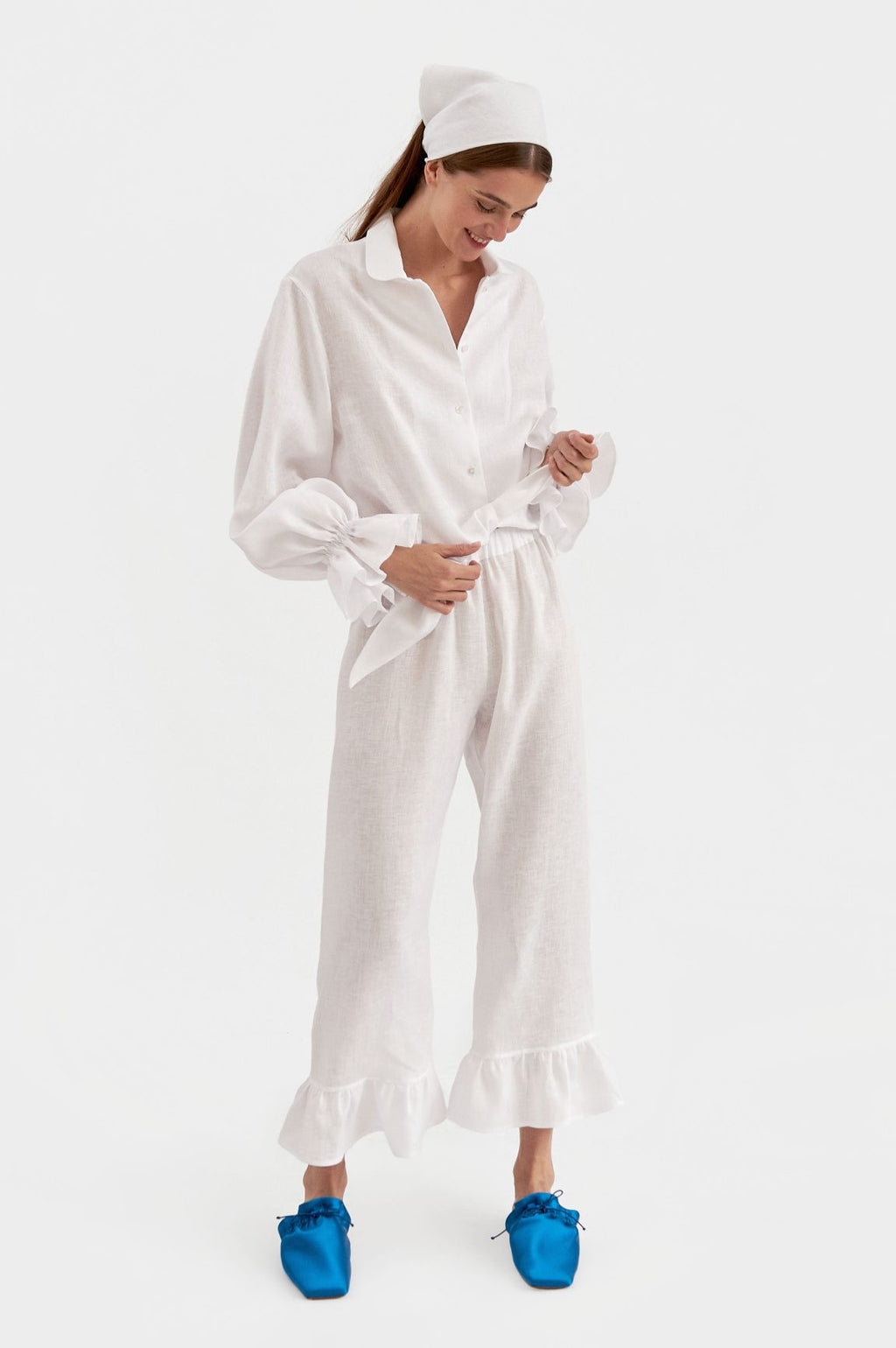 daily sleeper Rumba Linen Lounge Suit in White