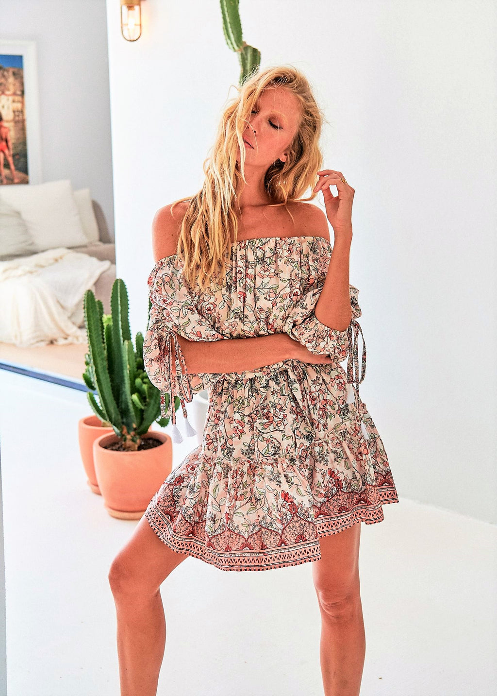 Jaase off shoulder Dress Adela in Paola Print