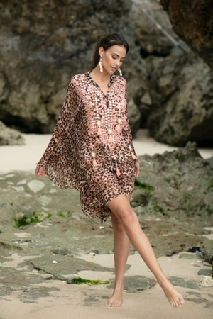 Miss June Kaftan Jungle in Peach print