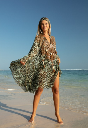 Miss June Kaftan Jungle in Aqua jungle print