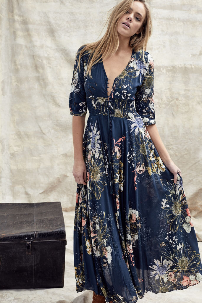 Jaase Maxi Dress Indiana in Flowerbomb print
