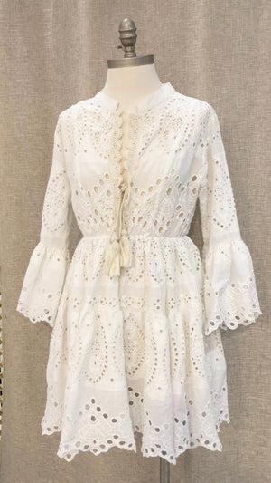 White EMBROIDERED DRESS Capri