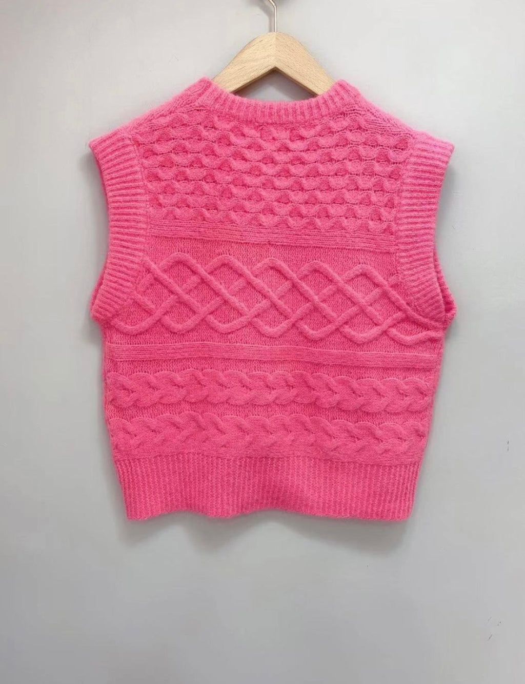 Wool Blend Knitted Vest Isabel in Hot Pink
