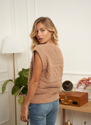 Wool Blend Knitted Vest Isabel in Camel