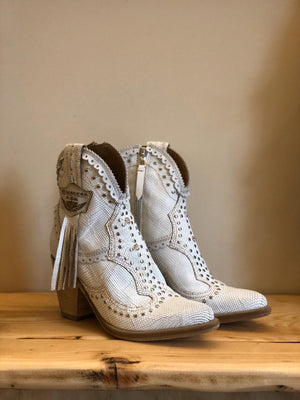 Leather Ankle Boots Nissa in Kalahari White
