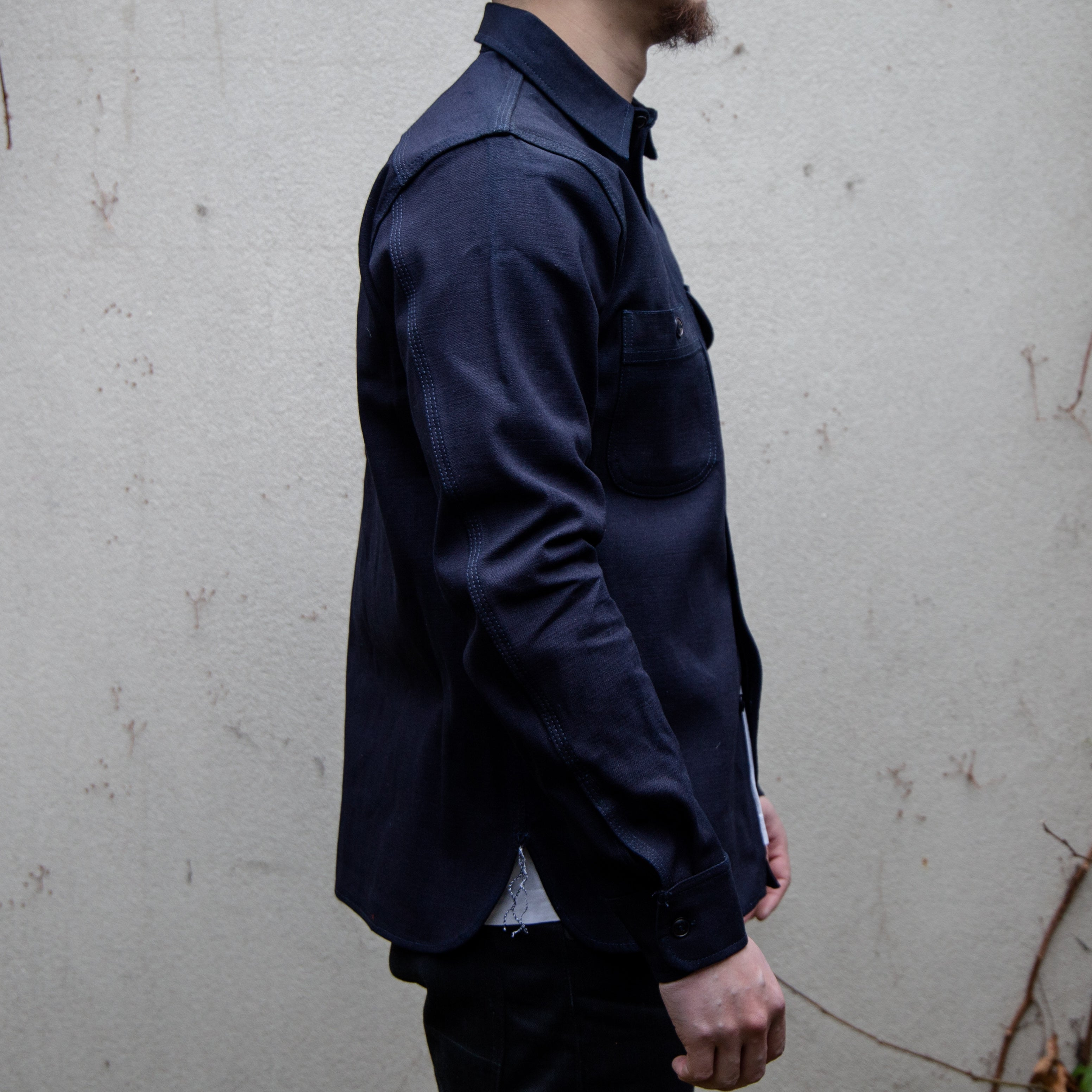 Load image into Gallery viewer, Rogue Territory -Selvedge Canvas work shirt in Indigo