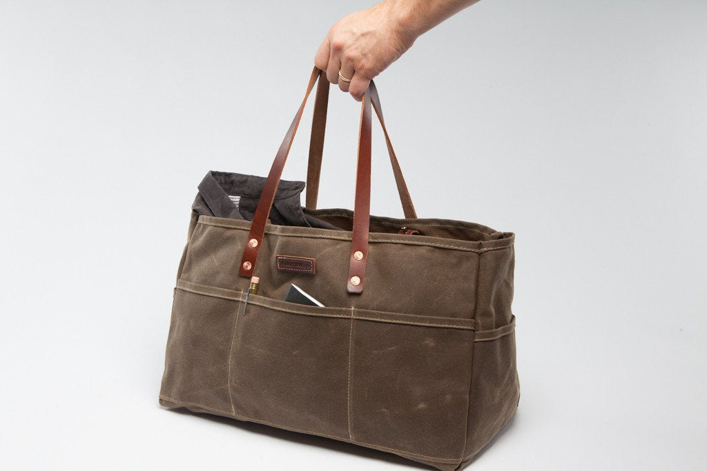 Load image into Gallery viewer, Bradley Mountain - Utility Bag