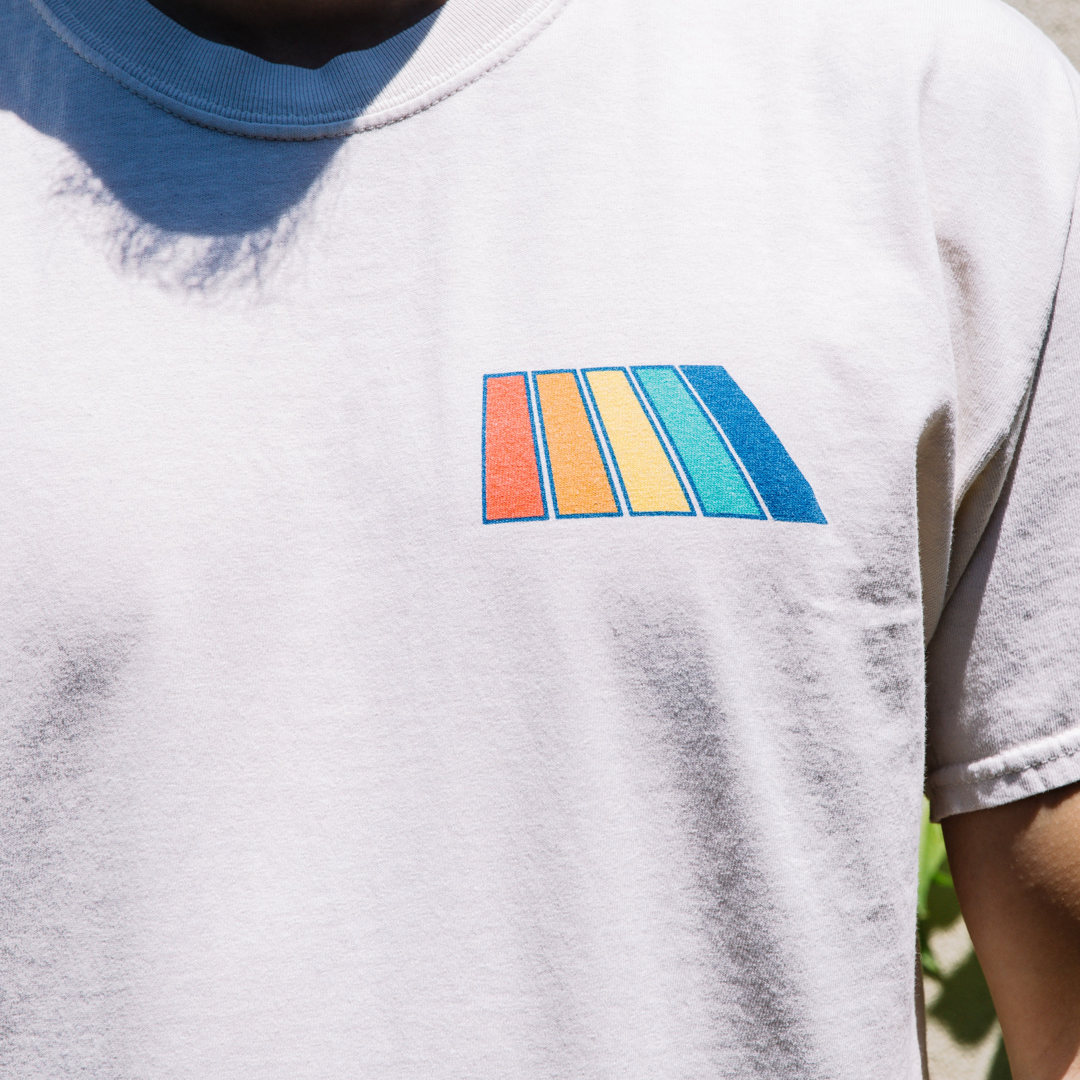 Load image into Gallery viewer, Free & Easy Natural Rainbows SS Pocket Tee in Vanilla