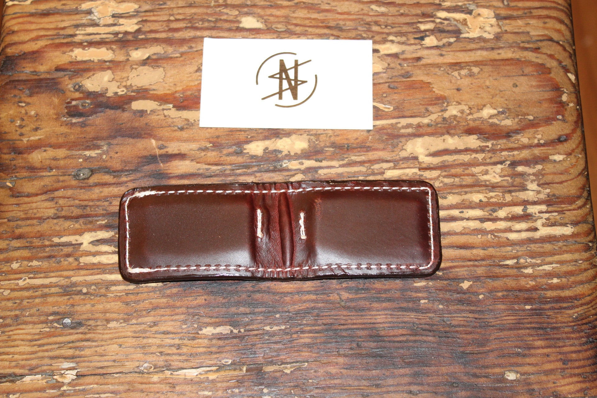Load image into Gallery viewer, Native Sand- Alligator Money Clip