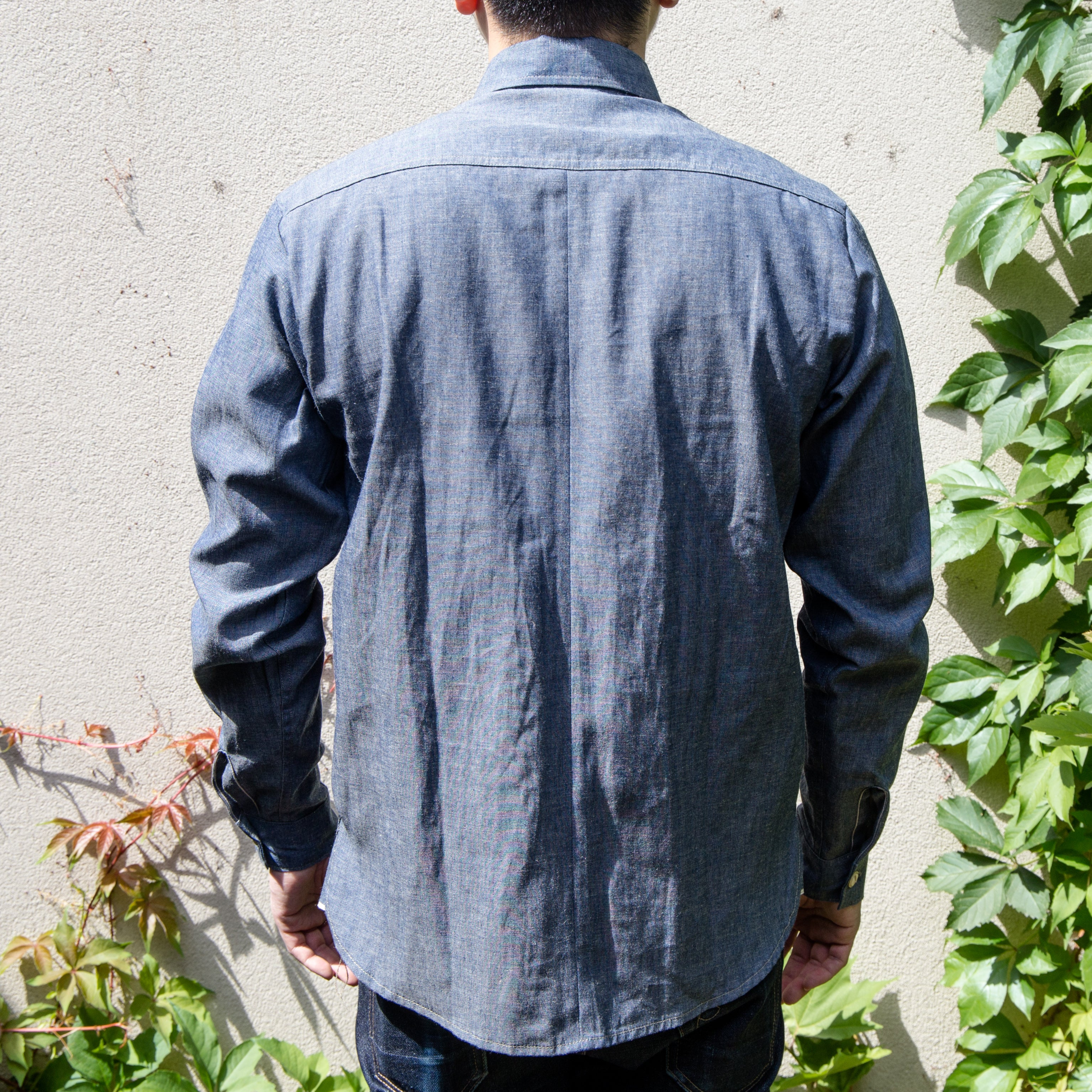 Load image into Gallery viewer, Railcar Fine Goods - Felon 002 chambray shirt