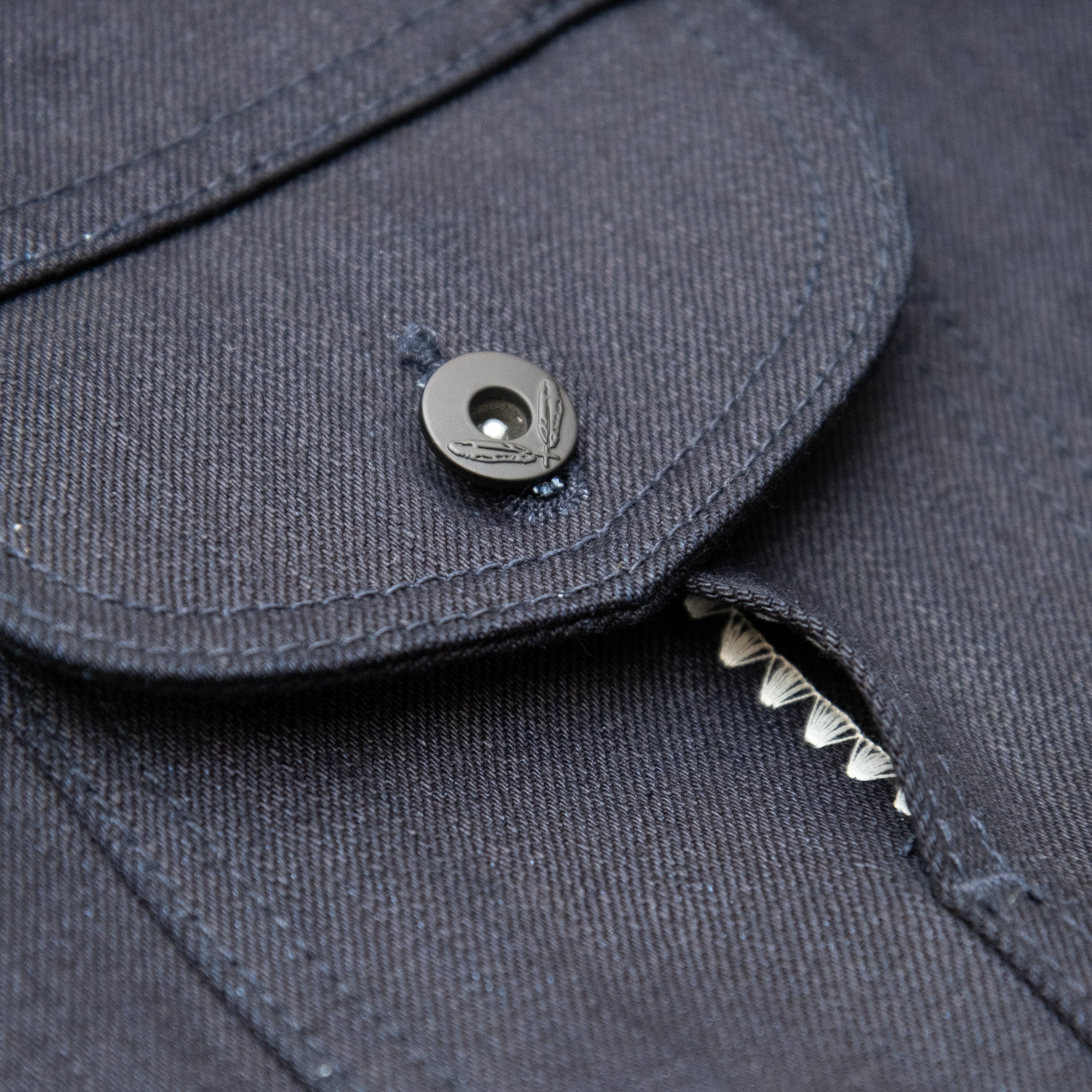 Load image into Gallery viewer, Rogue Territory - 16.75oz Type III jacket in Double Indigo