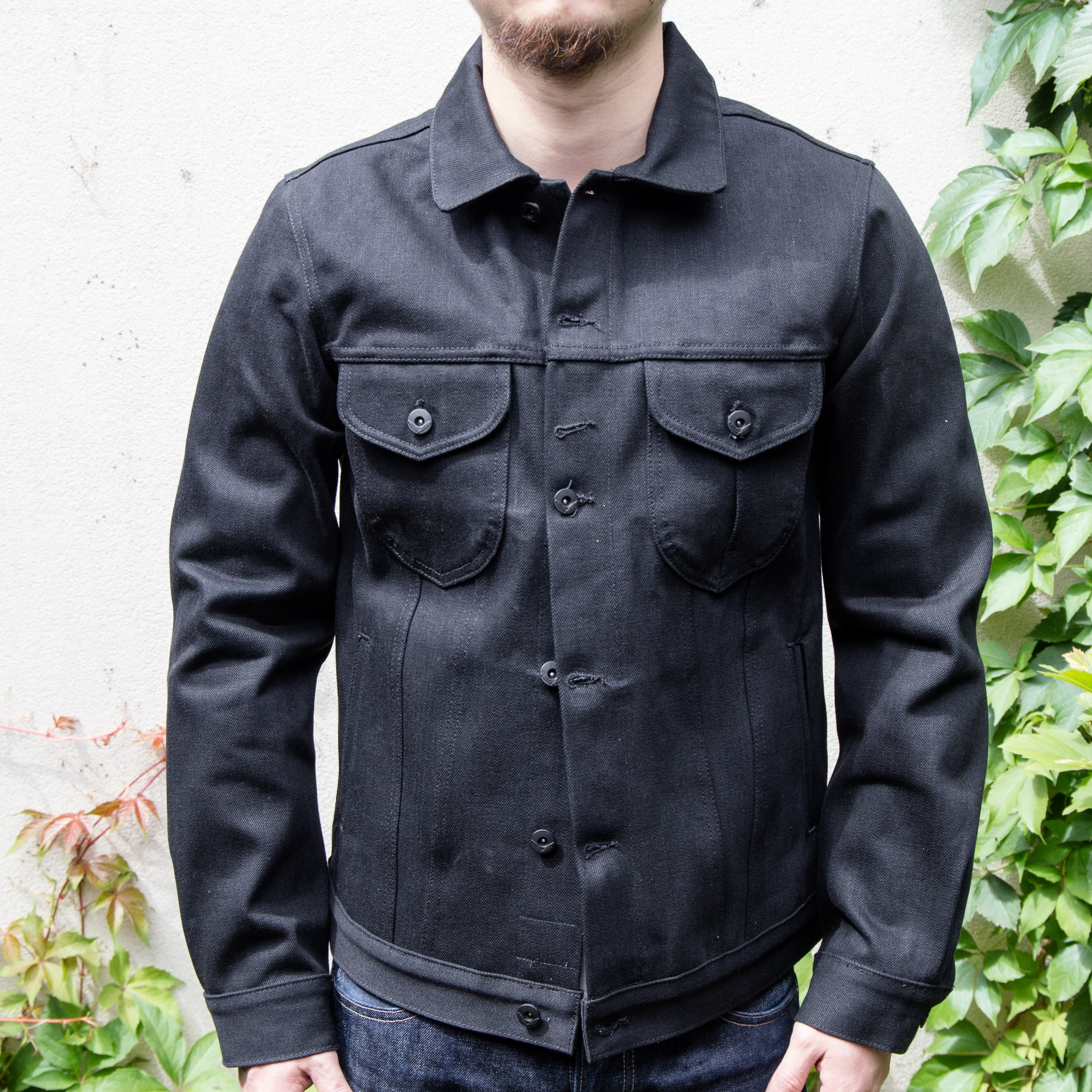 Load image into Gallery viewer, Rogue Territory - 17oz Type III jacket in Stealth Black Denim