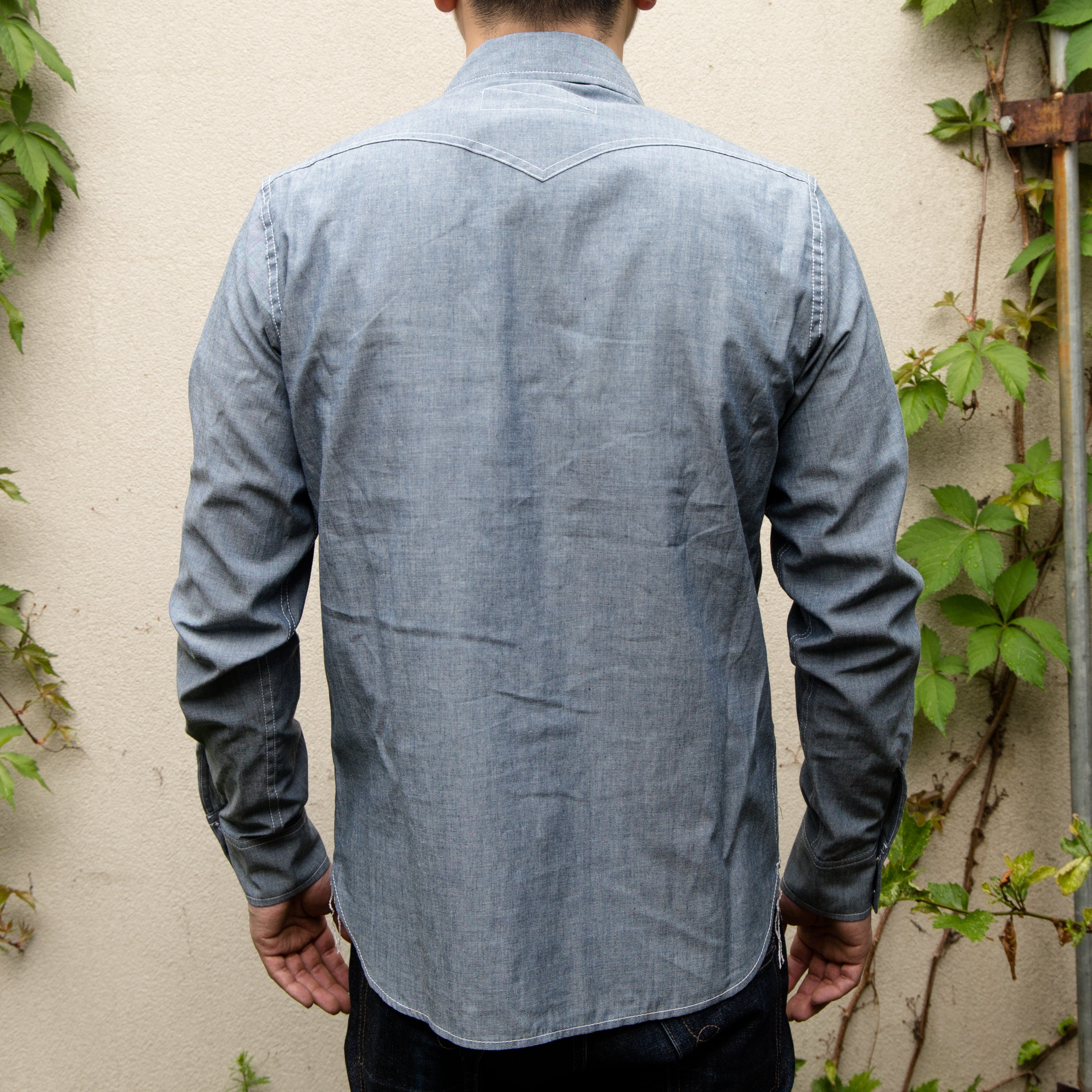 Load image into Gallery viewer, Rogue Territory -Western Shirt in Light Indigo