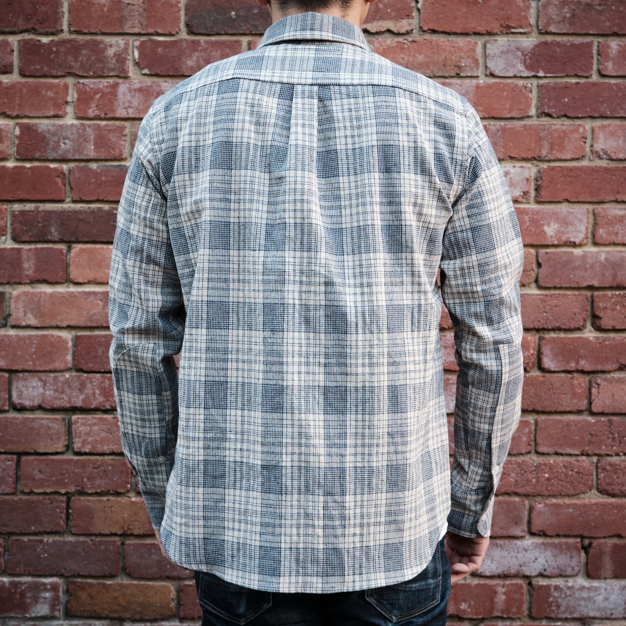 Load image into Gallery viewer, Rogue Territory -Jumper Shirt in linen blend plaid
