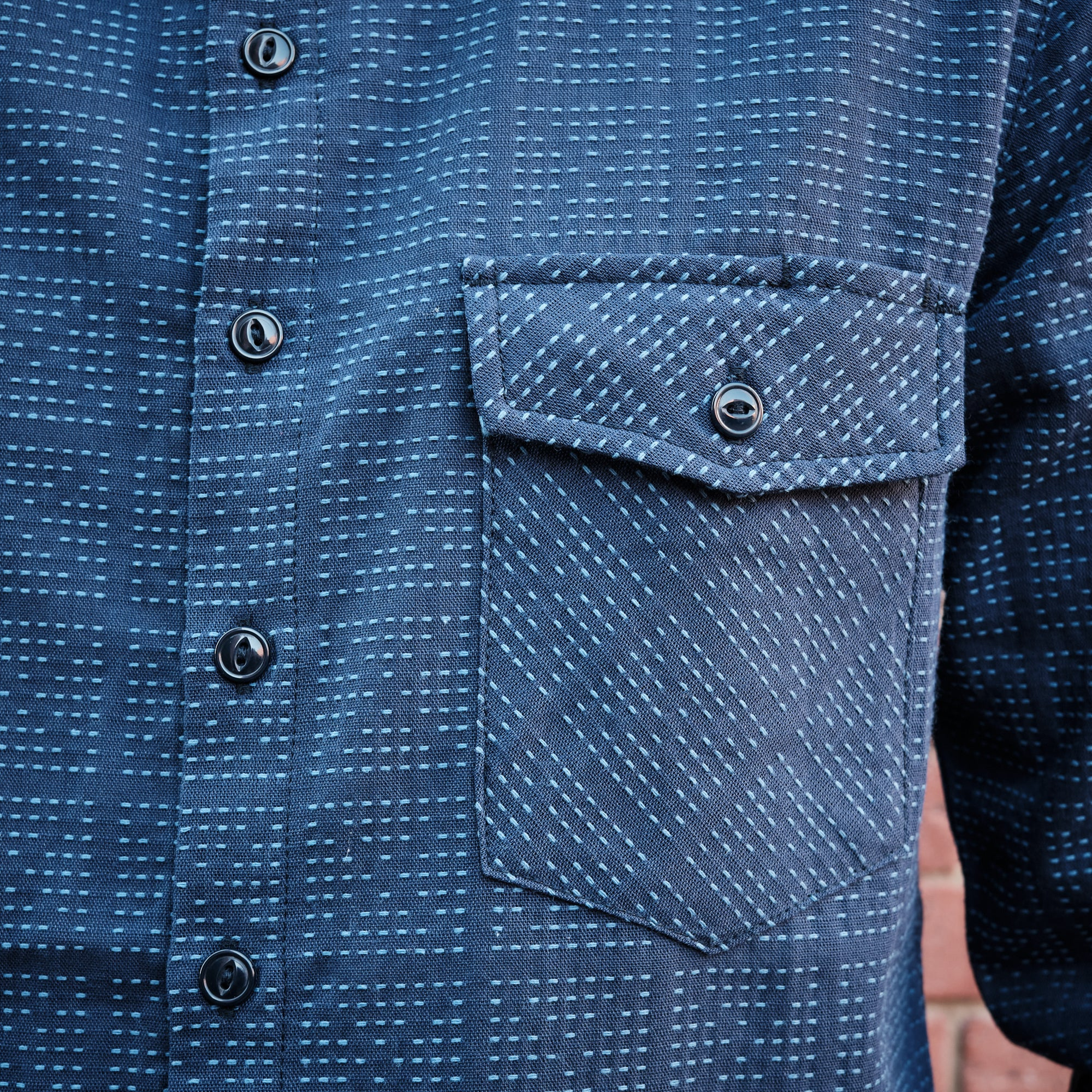 Load image into Gallery viewer, Rogue Territory - Oxford work shirt in navy sashiko