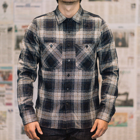 Rogue Territory - BM Work Shirt in Grey Herringbone Plaid