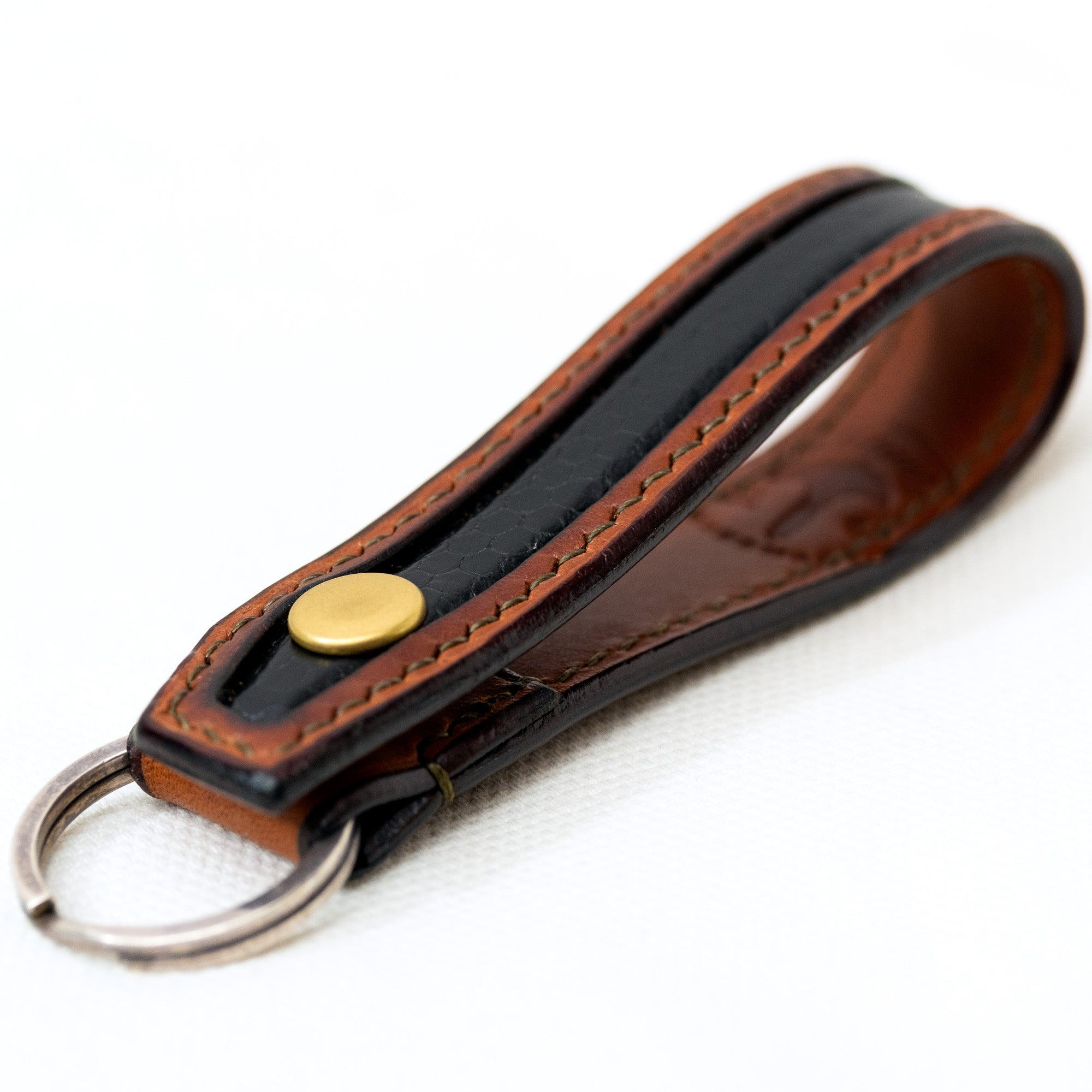 Load image into Gallery viewer, URBAN LUPE- Snakeskin belt loop key chain