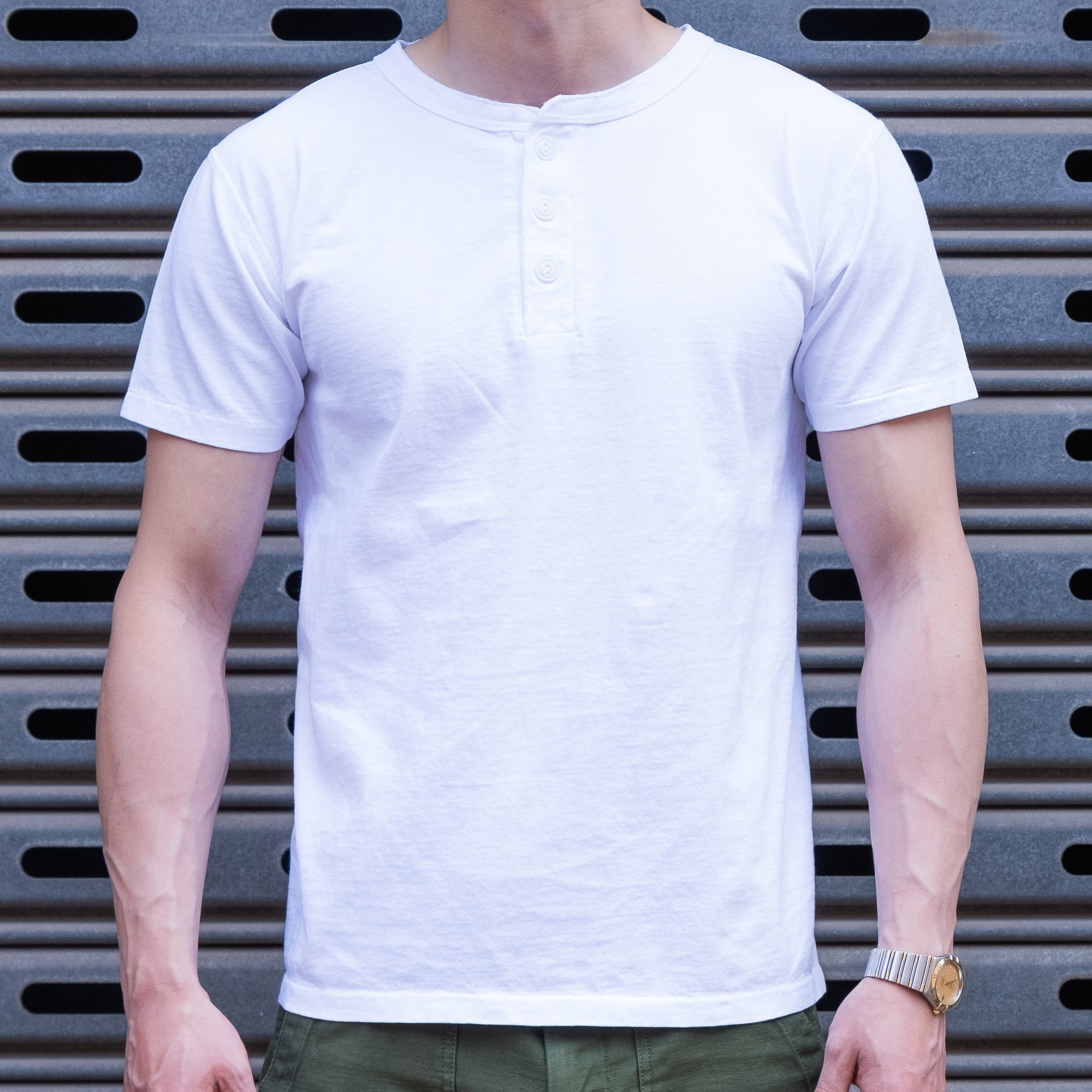 Velva Sheen - S/S Henley T-Shirt in White