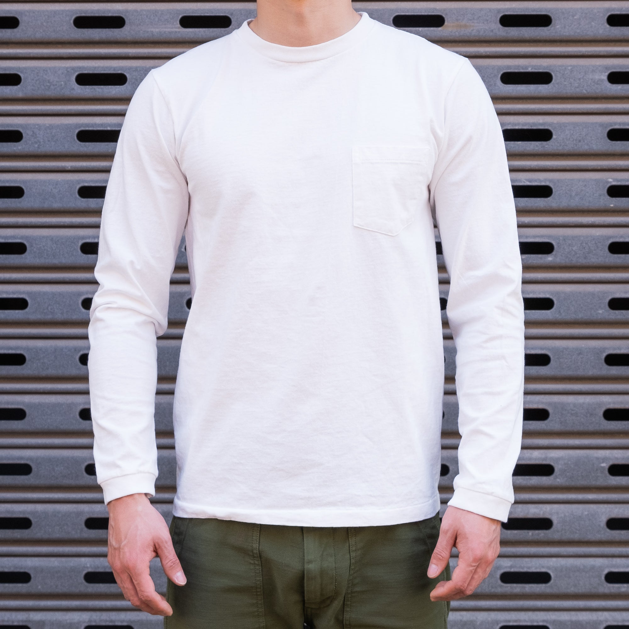 Load image into Gallery viewer, Velva Sheen - Tubuler L/S Tee in White