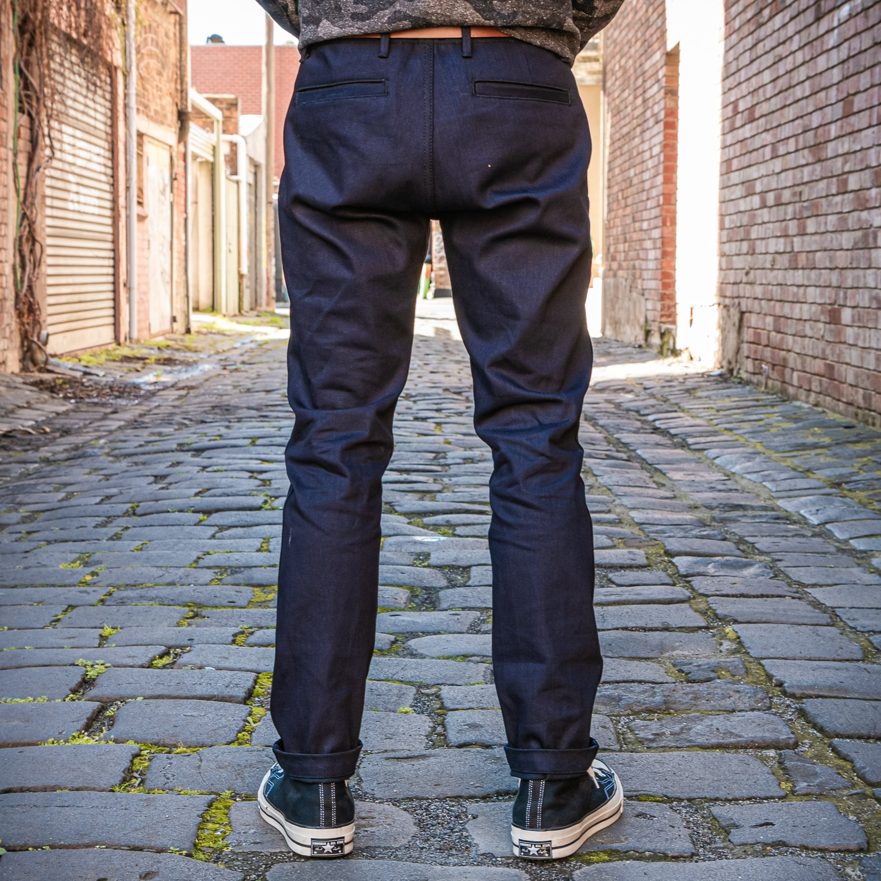 Load image into Gallery viewer, Rogue Territory - Infantry Pant 13.5oz Dark Indigo denim