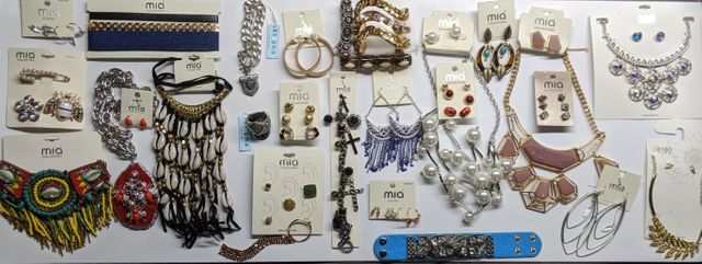Mall Grade Fashion Jewelry Liquidations by Mia Sets, Earrings, Necklace, Bracelet