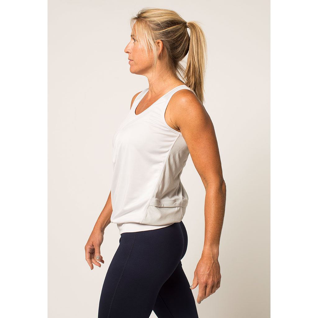 Women's Three-Pocket Flow Tank