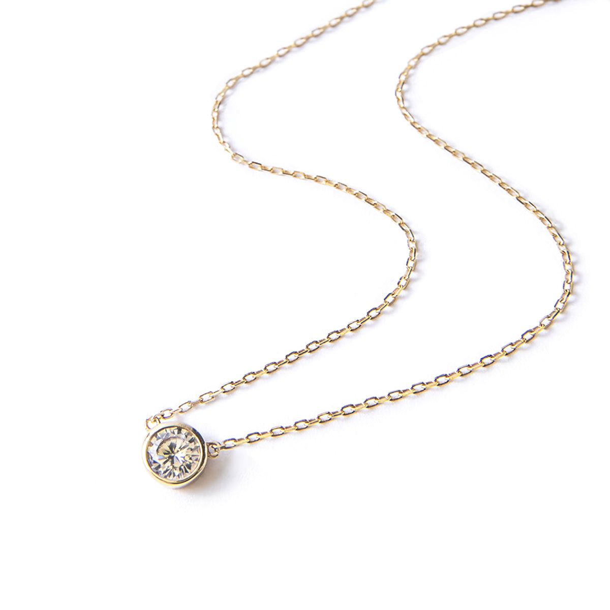 Classic Dainty Gold Solitaire Necklace