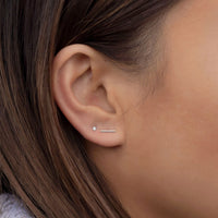 caption:Model wearing 2mm on 2nd hole