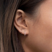 caption: Model's first hole length 6.2mm, wearing 7mm
