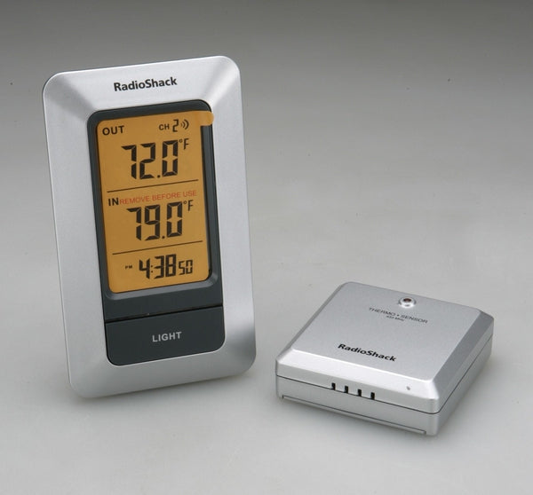 RadioShack Wireless Indoor/Outdoor Thermometer with Digital Clock