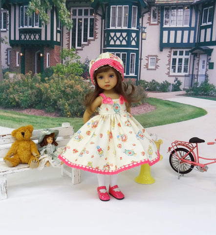 Avon Calling - dress, hat, tights & shoes for Little Darling Doll or other 33cm BJD