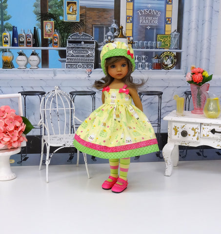Como Te Llama? - dress, hat, tights & shoes for Little Darling Doll or 33cm BJD