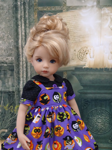 Costume Parade - dress, blouse, tights & shoes for Little Darling Doll or 33cm BJD