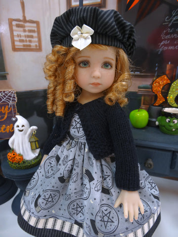 Crystal Ball - dress, sweater, hat, tights & shoes for Little Darling Doll or 33cm BJD