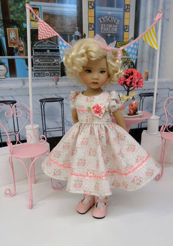 Delicate Flower - dress, tights & shoes for Little Darling Doll or other 33cm BJD