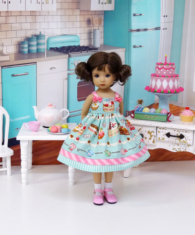 Frosted Sweets - dress, socks & shoes for Little Darling Doll or 33cm BJD