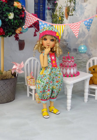 Playful Spring - romper, hat & sandals for Little Darling Doll or 33cm BJD