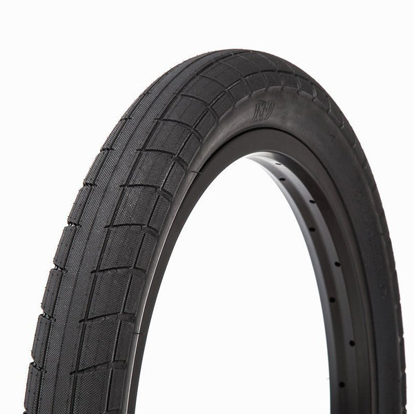 BSD DONNASQUEAK Tire 2.4