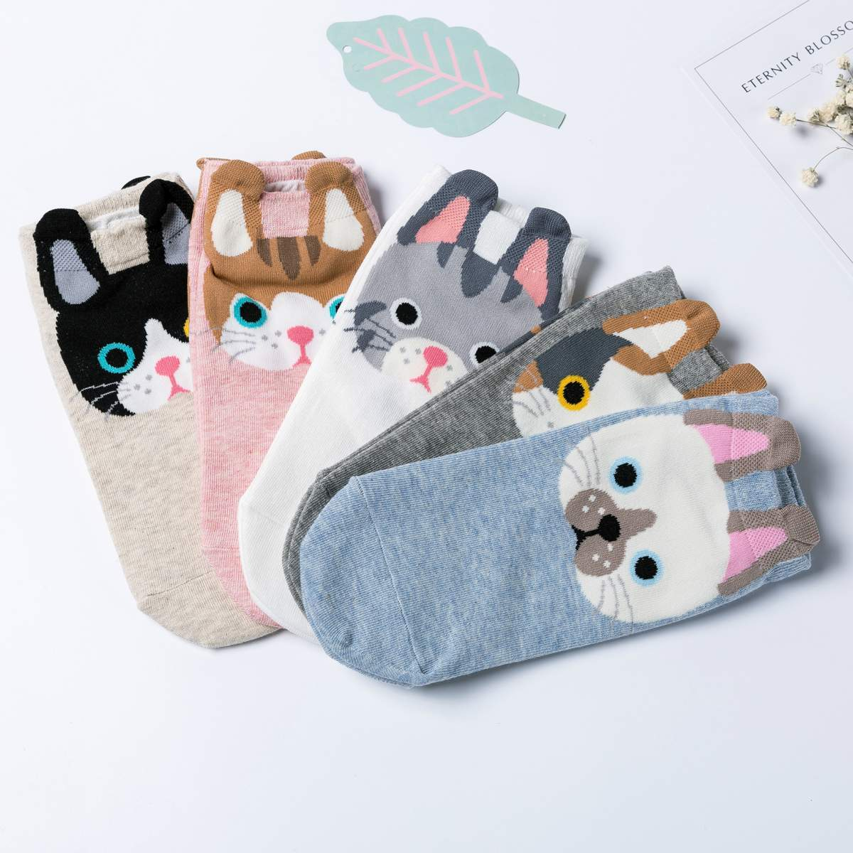Cartoon Cat Women's Low Cut Socks-UPKIWI