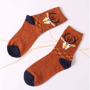 Forest Deer Lightweight Wool Blend Socks - Orange / Women's Shoe Size 5-10 - UPKIWI