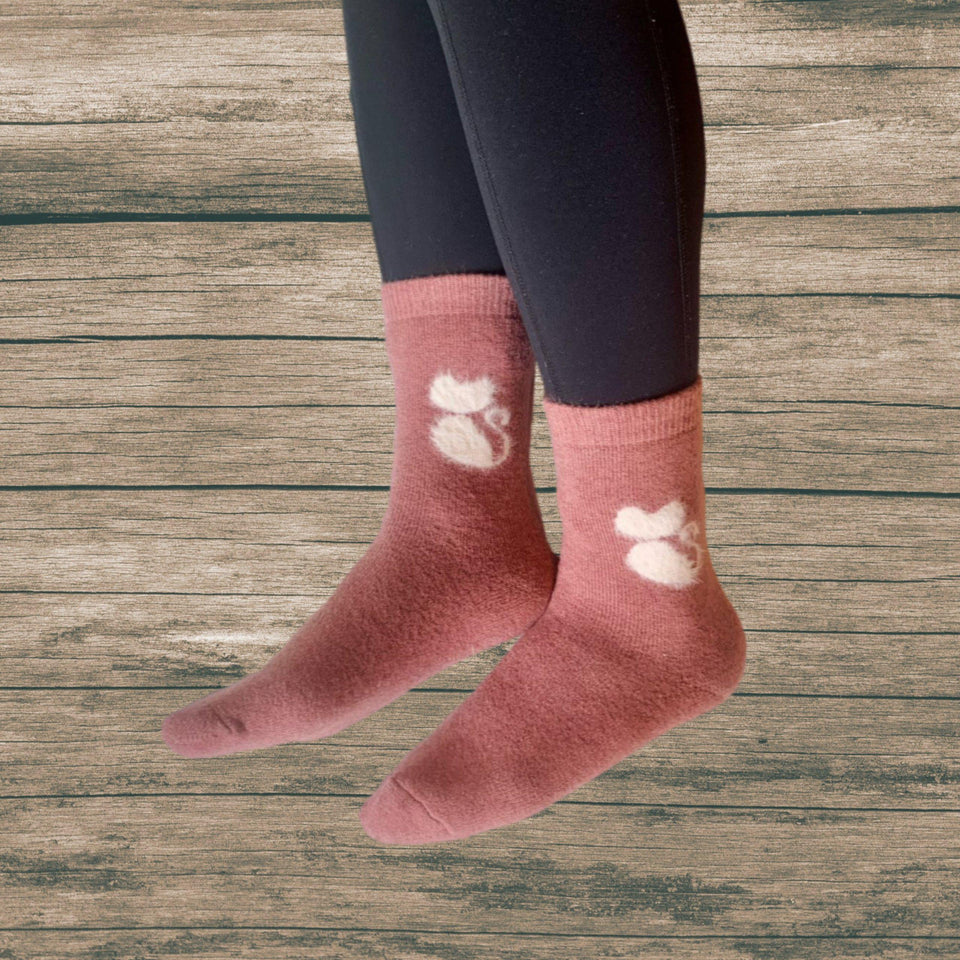 Furry Cat Extra Thick and Warm Women's Wool Socks - UPKIWI