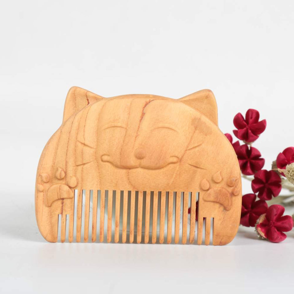 Lucky Cat Natural Wooden Comb - Peach Wood - UPKIWI